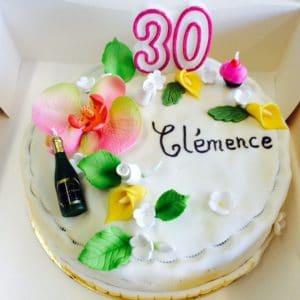 Gâteau chic fleurs